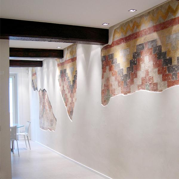 01-restauro-appartamento-storico-mantova-affreschi-antico-moderno