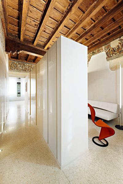 07-restauro-appartamento-storico-mantova-connubio-antico-moderno