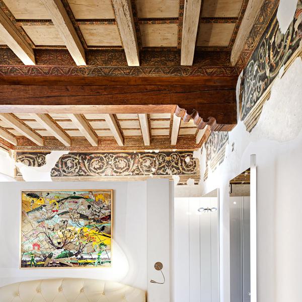 08-restauro-appartamento-storico-mantova-connubio-antico-moderno