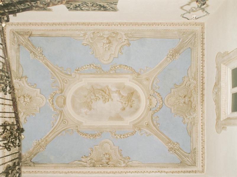 09-restauro-architettonico-mantova-via-chiassi-scala-affreschi