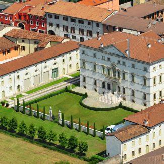 Residenza alberghiera Villa Vecelli Cavriani, Mozzecane (Vr) – 2000