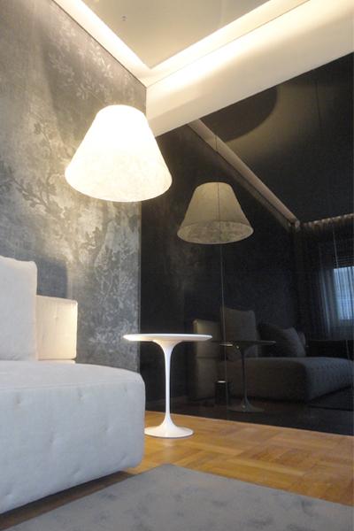 06_progettazione-interior-ufficio-avvocati-milano-city-pirellone-riunione-carta parati-vetro nero-brunoniasssociati
